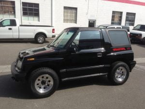1997 geo chevy tracker hardtop black